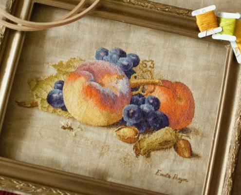 "Схема ""Натюрморт с персиком"". Вышила Лена Фоз."