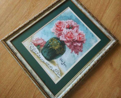 """Схема """"Розы в вазе"""". Вышила Юля Бус."""