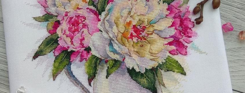 Отшив авторской схемы для вышивки крестом Екатерины Волковой -Букет пионов