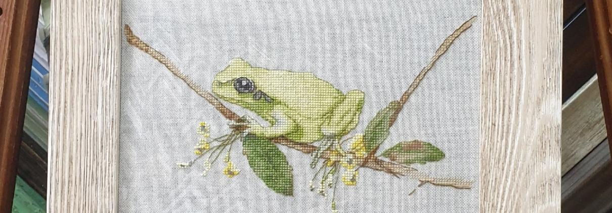 Отшив авторской схемы для вышивки крестом Екатерины Волковой - Лягушка